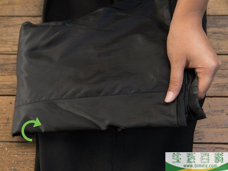 如何把西装打包进行李箱