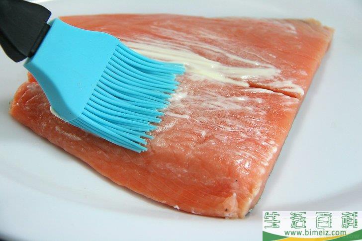 怎么烤三文鱼